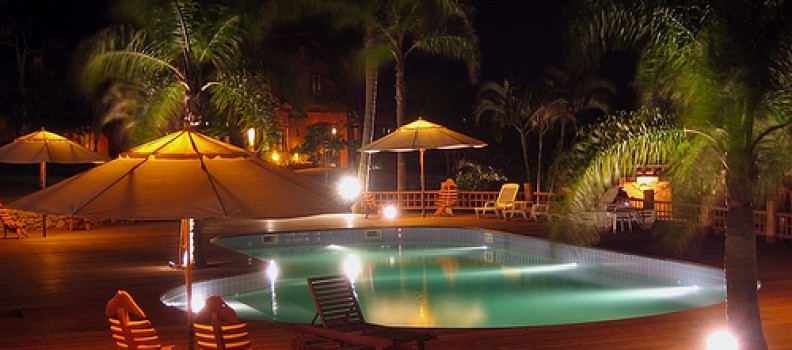 Enjoying The Best In Outdoor Living | 6 Ways To Light Up Your Outdoor Pool Area